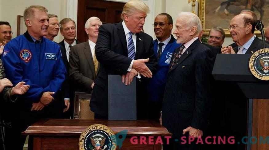 Eerste communie op de maan: hoe was het ritueel van Buzz Aldrin