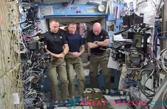NASA herinnert zich de gevallen astronauten en de belofte van een missie naar Mars