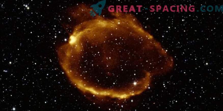 Lente gravitacional encontrada supernova