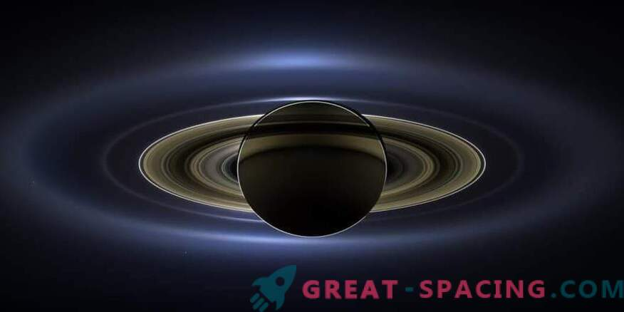 Saturn could protect the Earth from massive asteroids